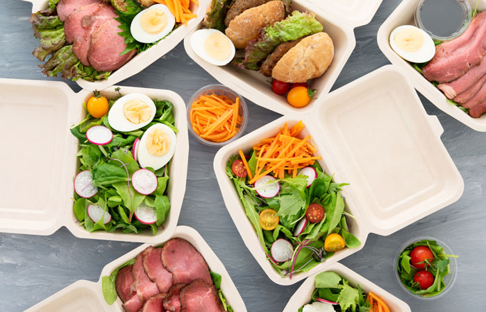 コンビニ食材でうまくタンパク質を摂ろう